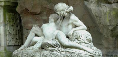 Galatée dans les bras du berger Acis. Auguste Ottin. 1866. Jardin du Luxembourg